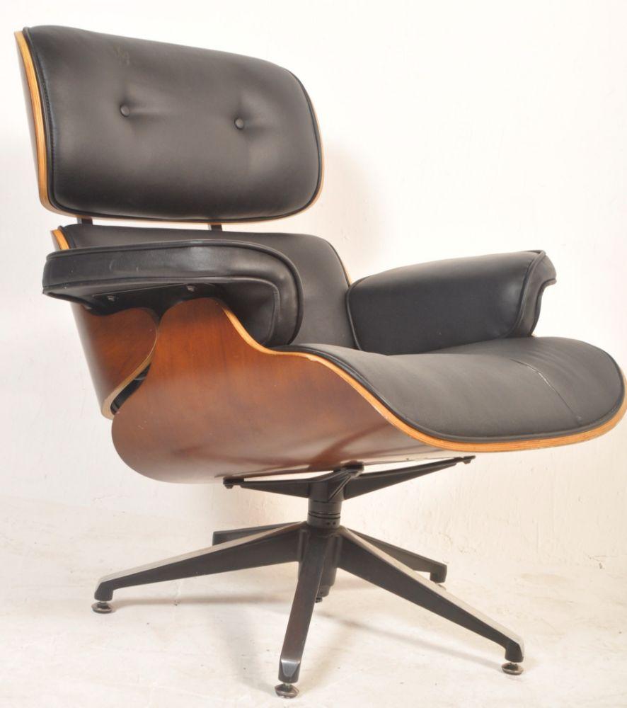 August Antiques & Collectables Auction - Antique & Retro Furniture