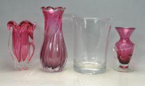 COLLECTION OF RETRO VINTAGE 20TH CENTURY STUDIO ART GLASS