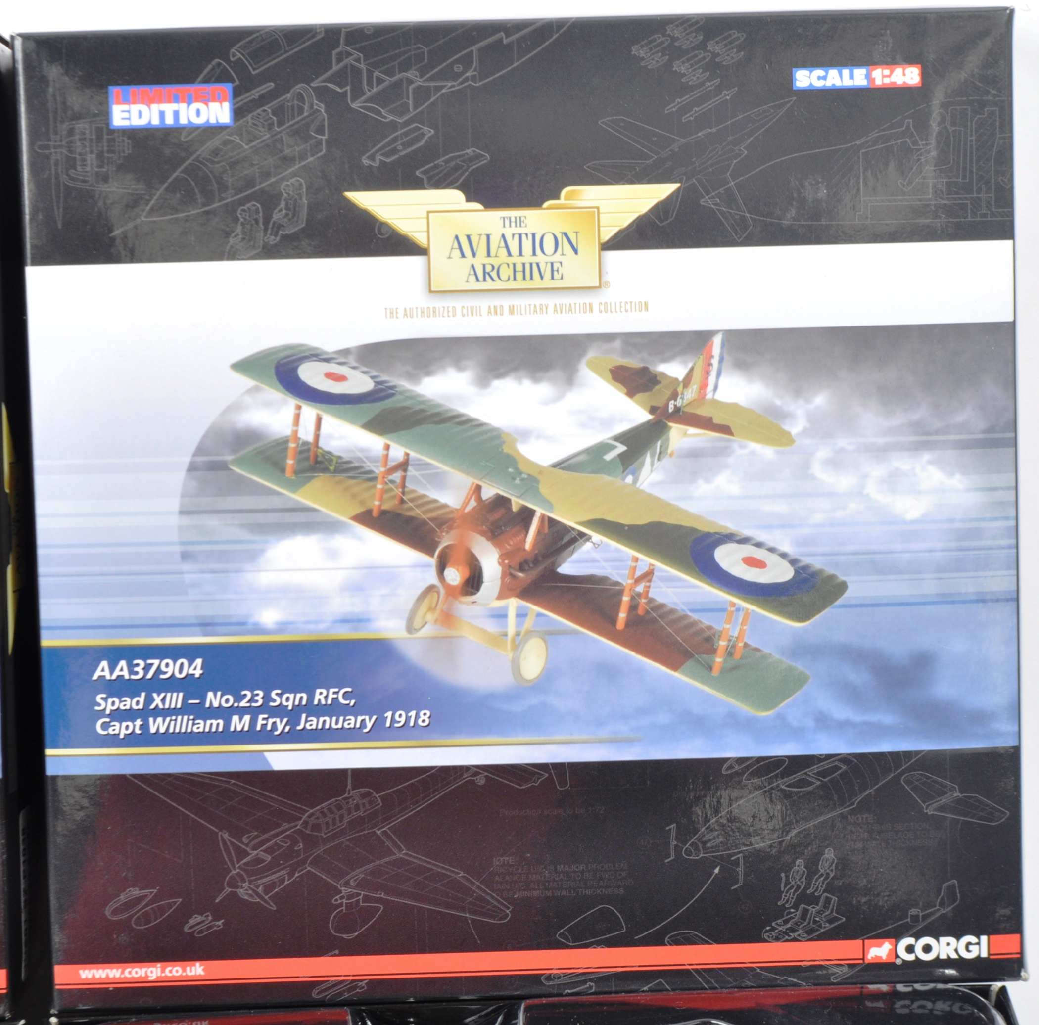 CORGI AVIATION ARCHIVE - TWO BOXED DIECAST MODELS - Image 6 of 6
