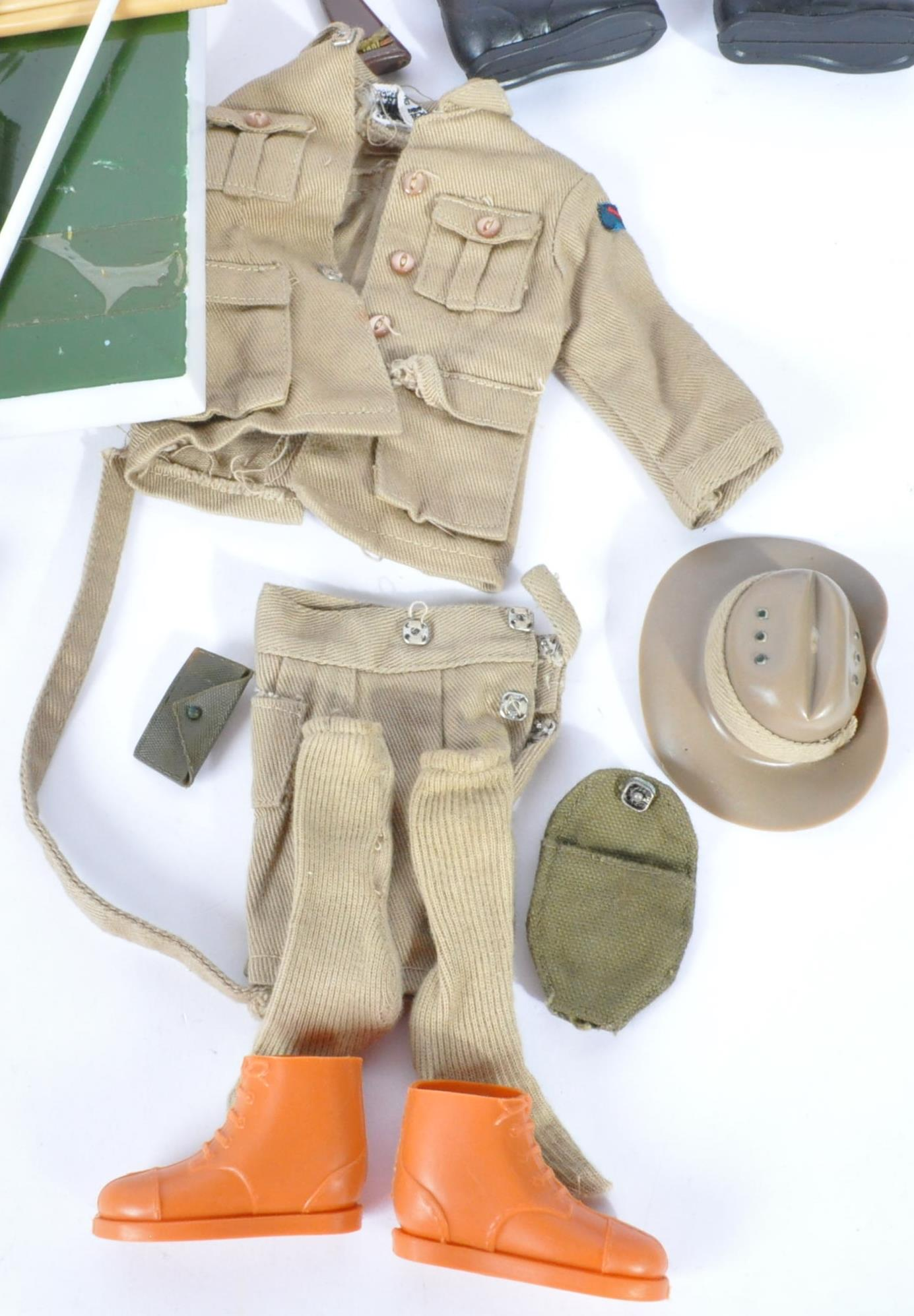 ACTION MAN - COLLECTION OF VINTAGE PALITOY UNIFORMS & FIGURE - Image 7 of 9