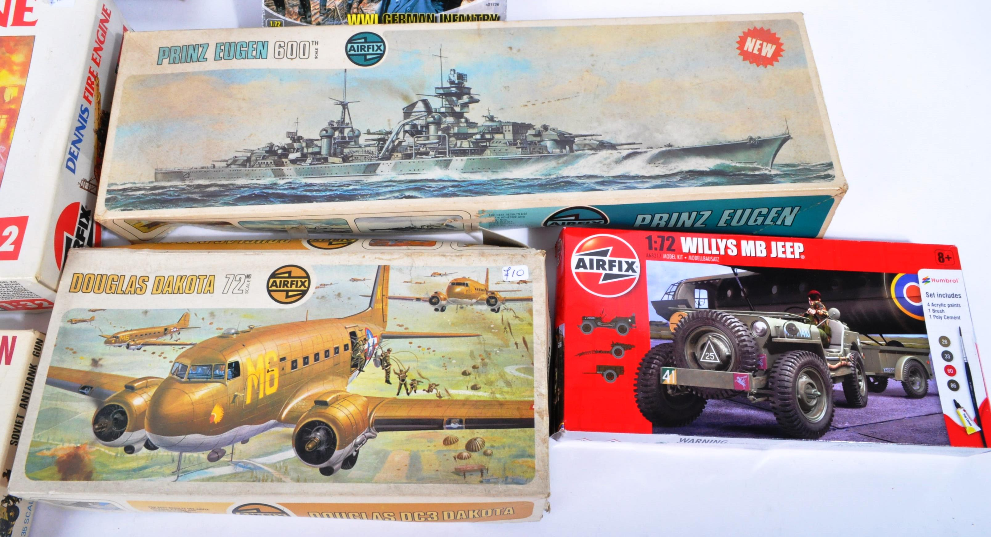COLLECTION OF ASSORTED AIRFIX AND REVELL PLASTIC MODEL KITS - Image 3 of 8