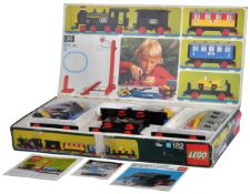 LEGO SET - 182 - TRAIN SET WITH MOTOR AND TRACK