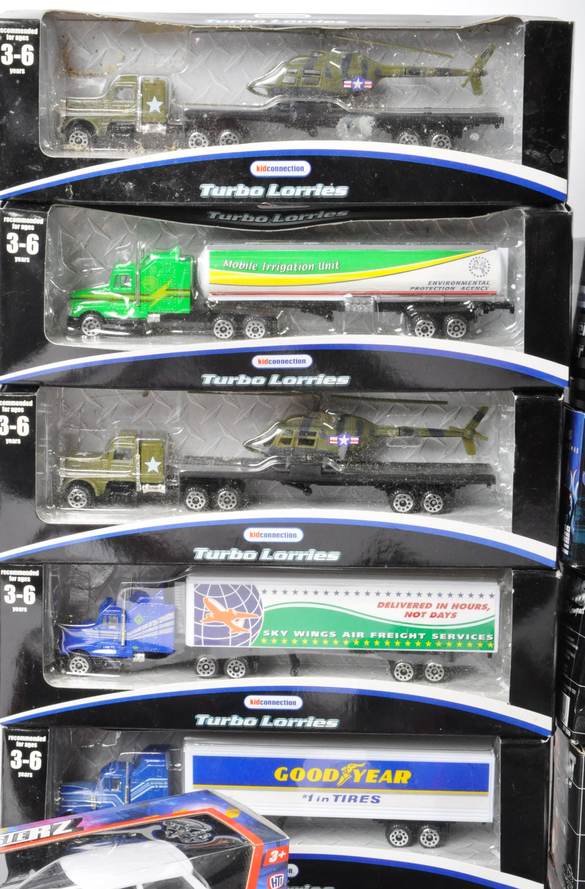 COLLECTION OF ASSORTED BOXED DIECAST MODEL CARS - Image 3 of 6