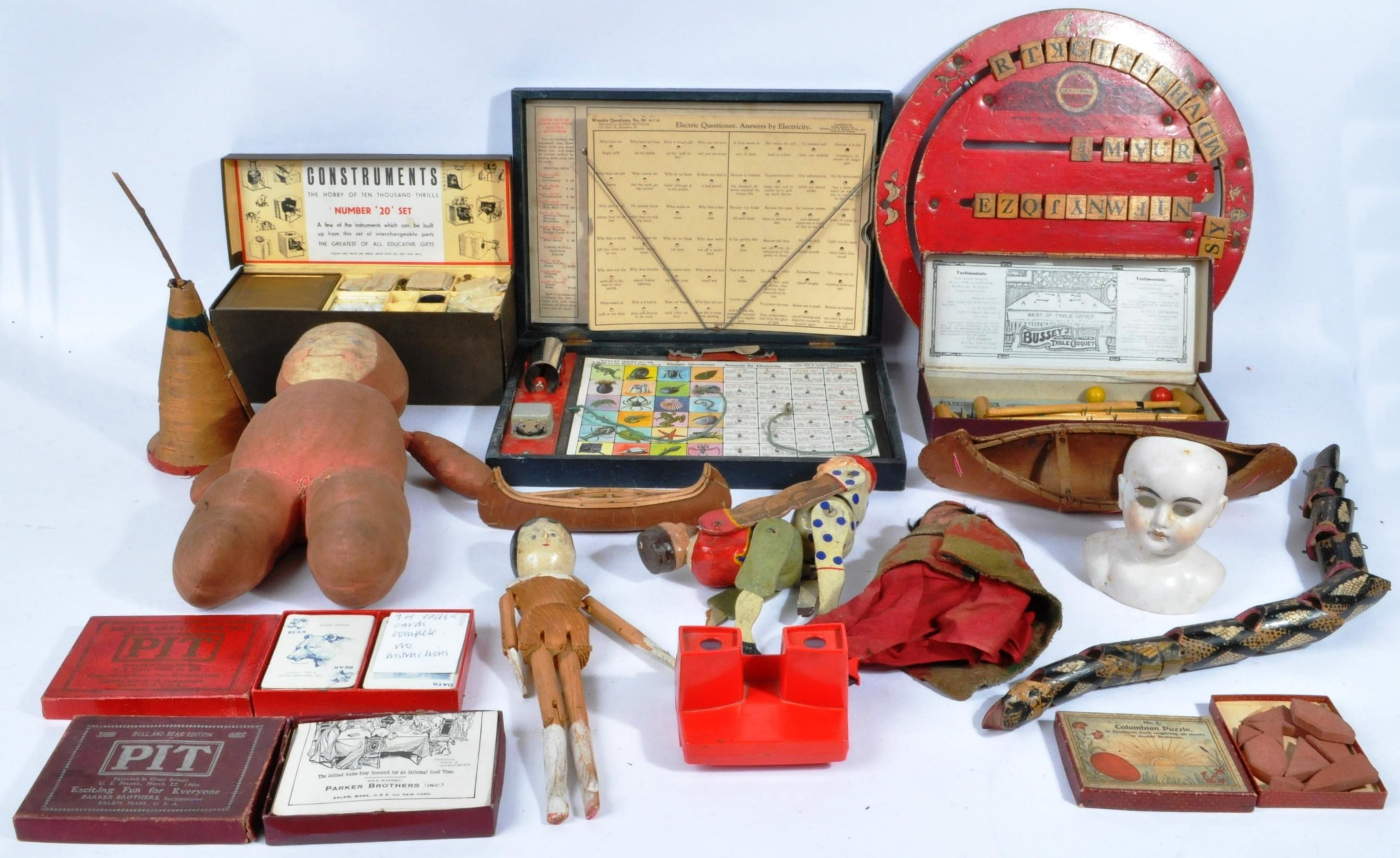 COLLECTION OF ANTIQUE TOYS - DUTCH DOLL, WOODEN TOYS ETC