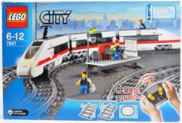 LEGO SET - LEGO CITY - 7897 - PASSENGER TRAIN