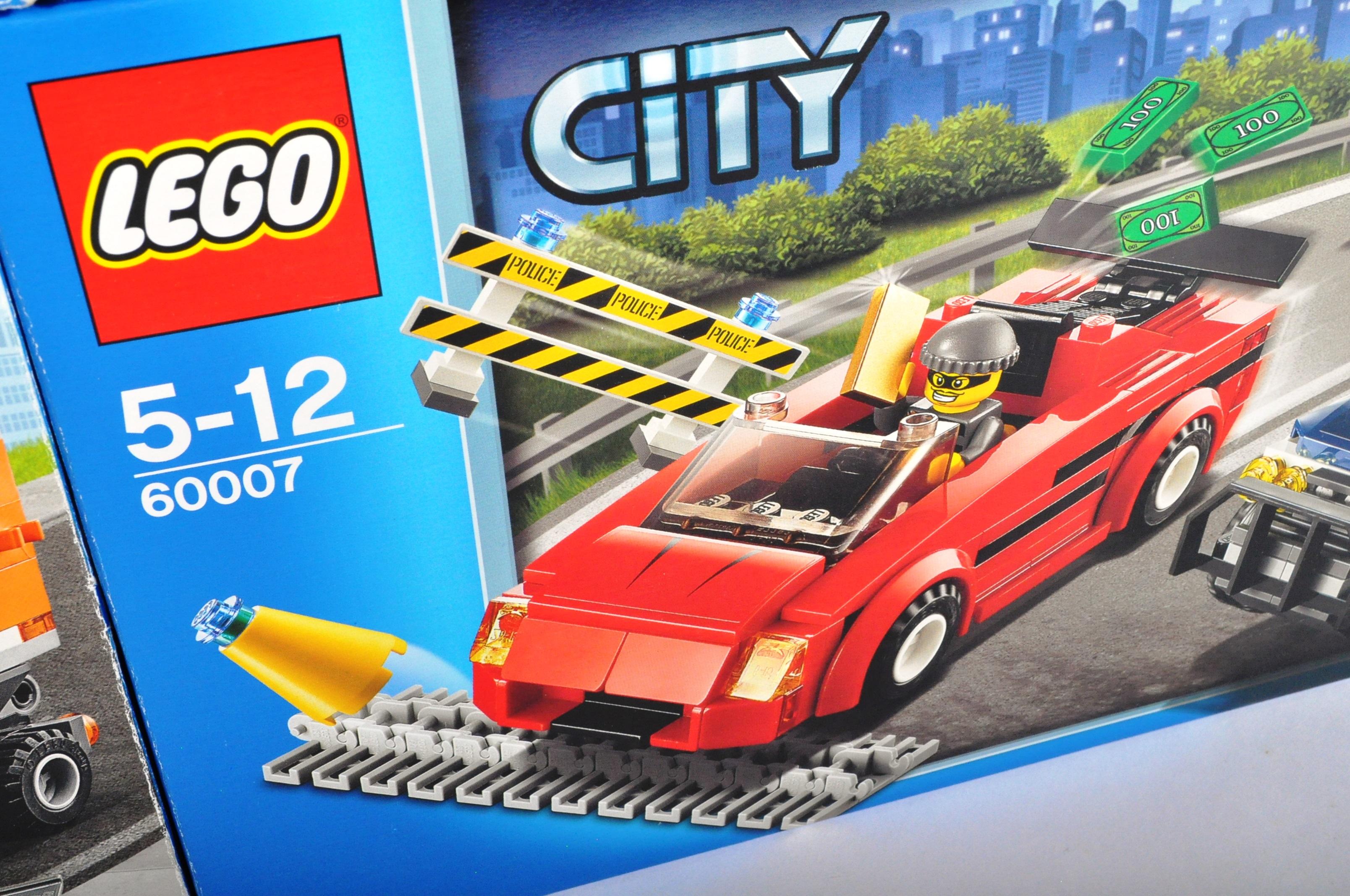 LEGO SETS - LEGO CITY - 60023 / 60084 / 60158 / 7936 / 60118 / 60057 / 7990 / 60007 - Image 4 of 5