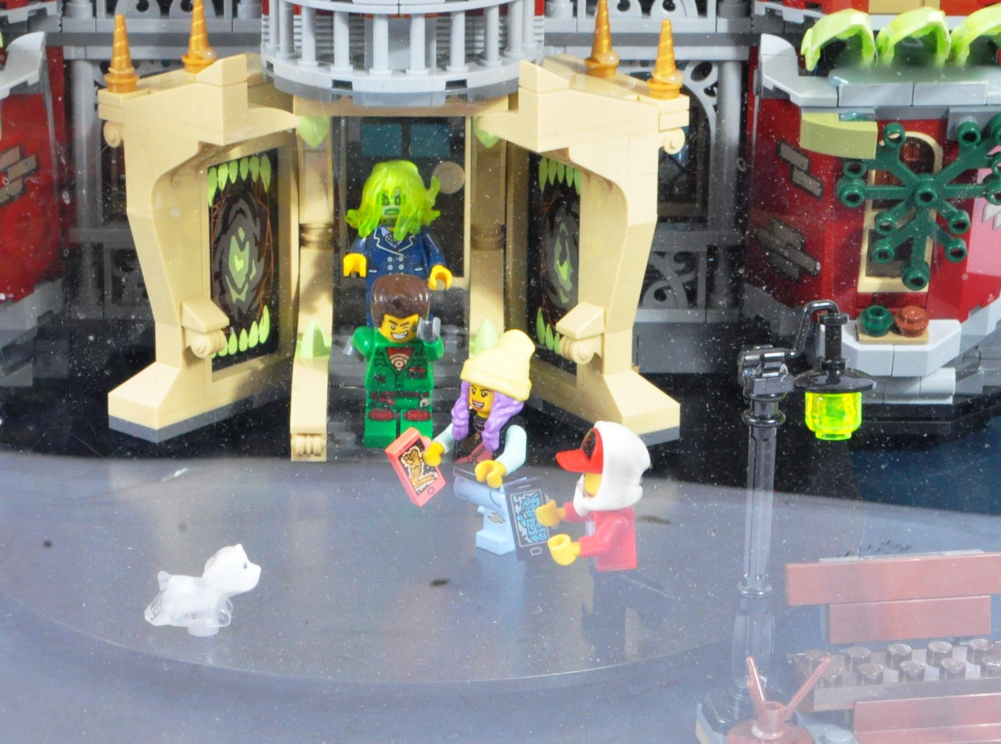 LEGO - HIDDEN SIDE - ORIGINAL IN STORE SHOP DISPLAY CABINET - Image 7 of 8