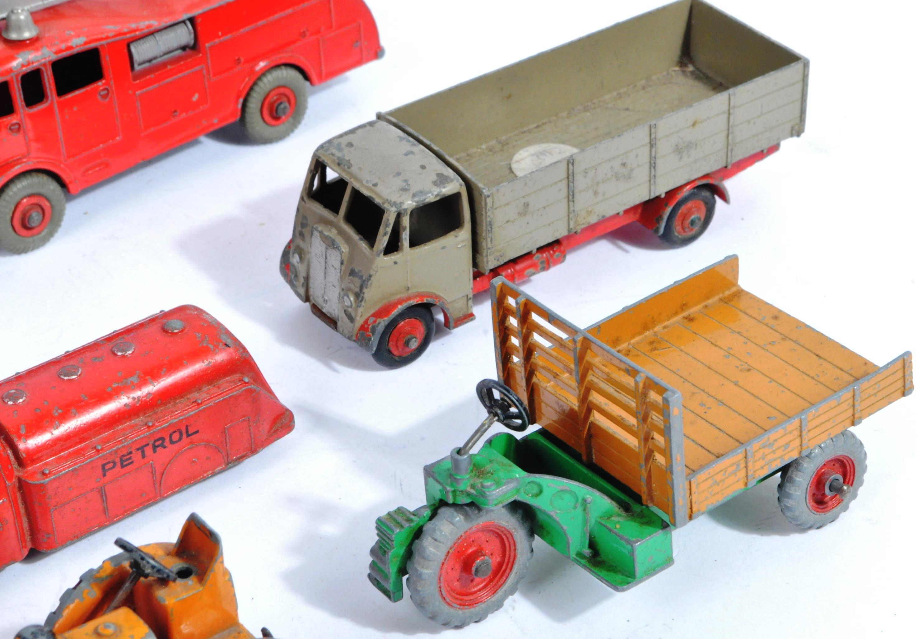 COLLECTION OF X10 VINTAGE DINKY TOYS DIECAST MODEL TRUCKS - Image 4 of 14