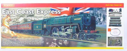 ORIGINAL HORNBY 00 GAUGE MODEL RAILWAY EAST COAST EXPRESS SET