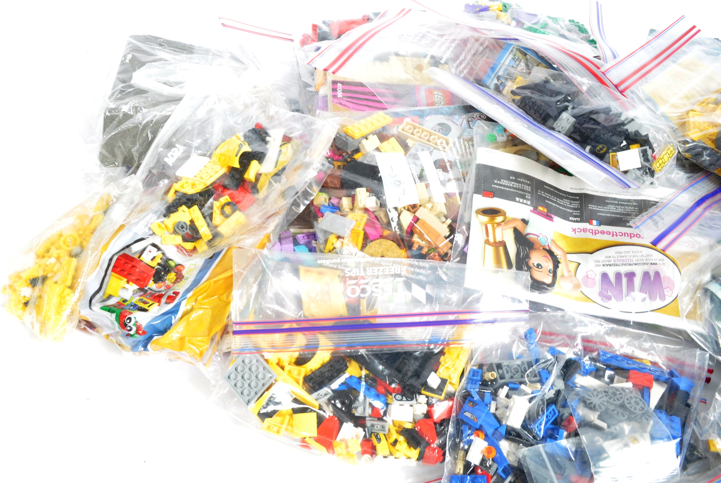 LARGE COLLECTION OF ASSORTED UNBOXED LEGO SETS - Image 4 of 5