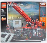 LEGO SET - LEGO TECHNIC - 42082 - ROUGH TERRAIN CRANE
