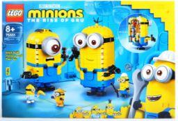 LEGO SET - LEGO MINIONS - 75551 - BRICK BUILT MINIONS AND THEIR LAIR