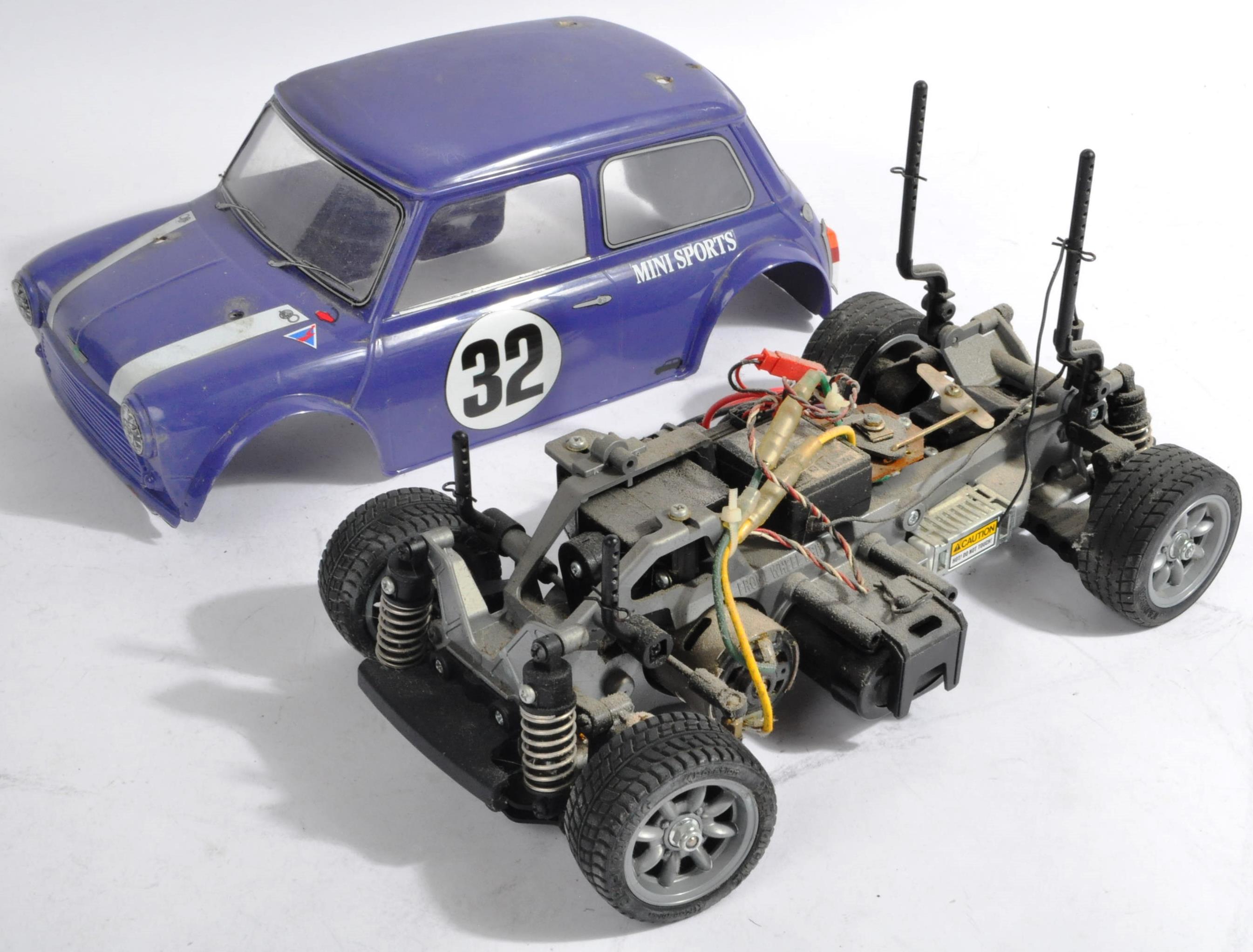 TAMIYA - TWO VINTAGE MINI COOPER RACING RC RADIO CONTROLLED CARS - Image 2 of 5