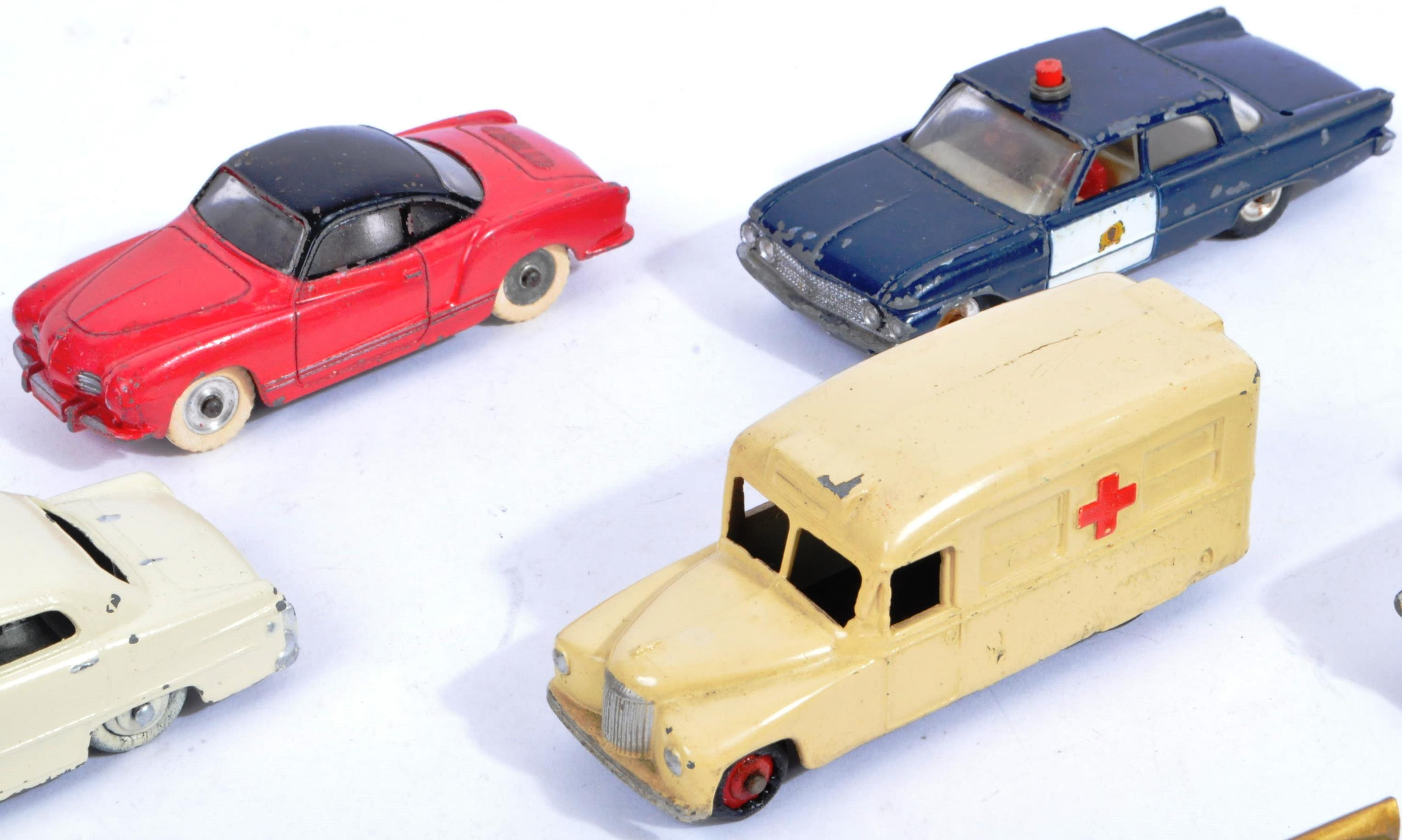 COLLECTION OF X10 VINTAGE DINKY TOYS DIECAST MODEL VEHICLES - Image 3 of 7