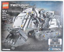 LEGO SET - LEGO TECHNIC - 42100 - LIEBHERR R 9800 EXCAVATOR