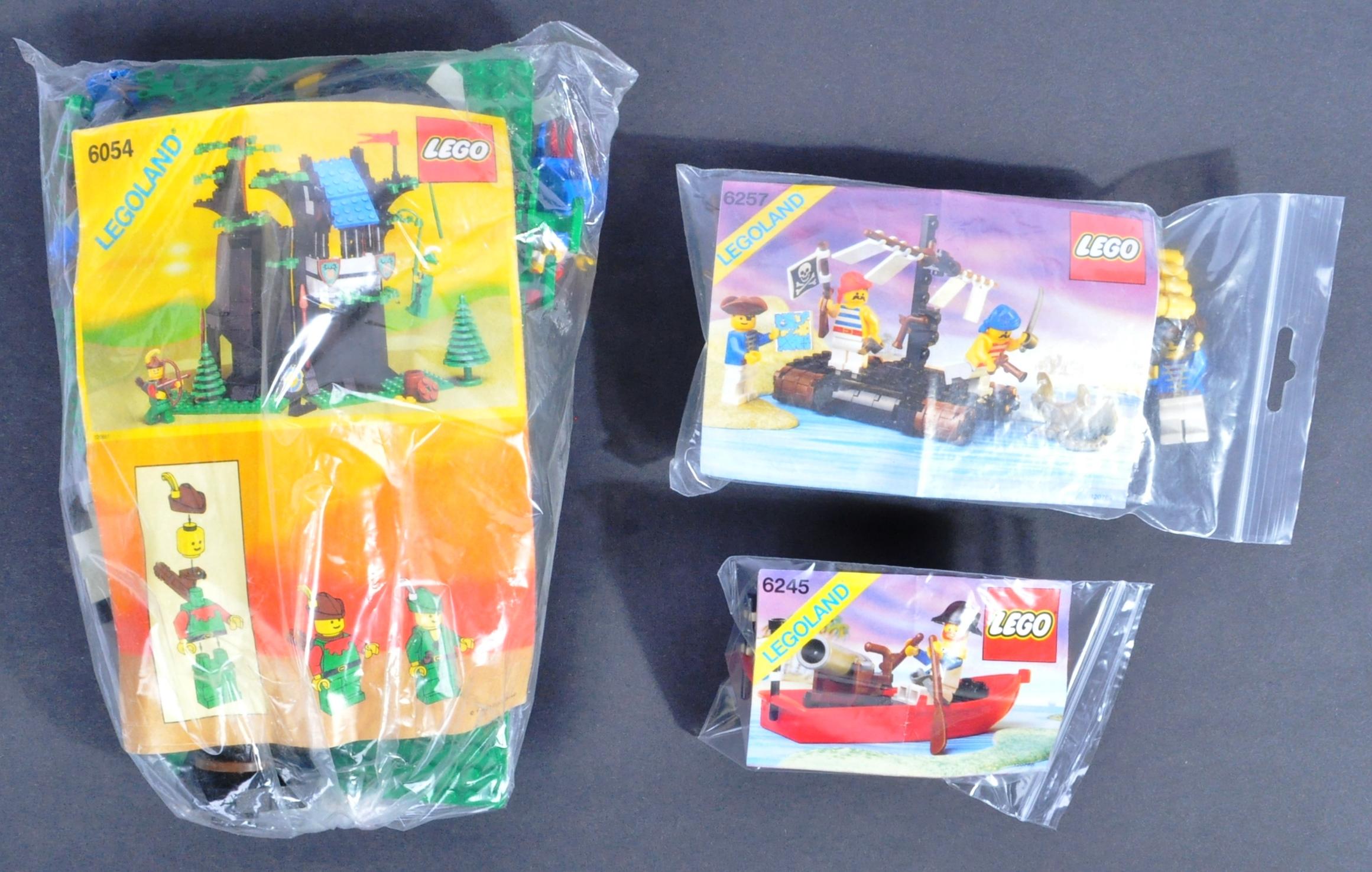 LEGO SETS - LEGO LAND - 6054 / 6245 / 6257