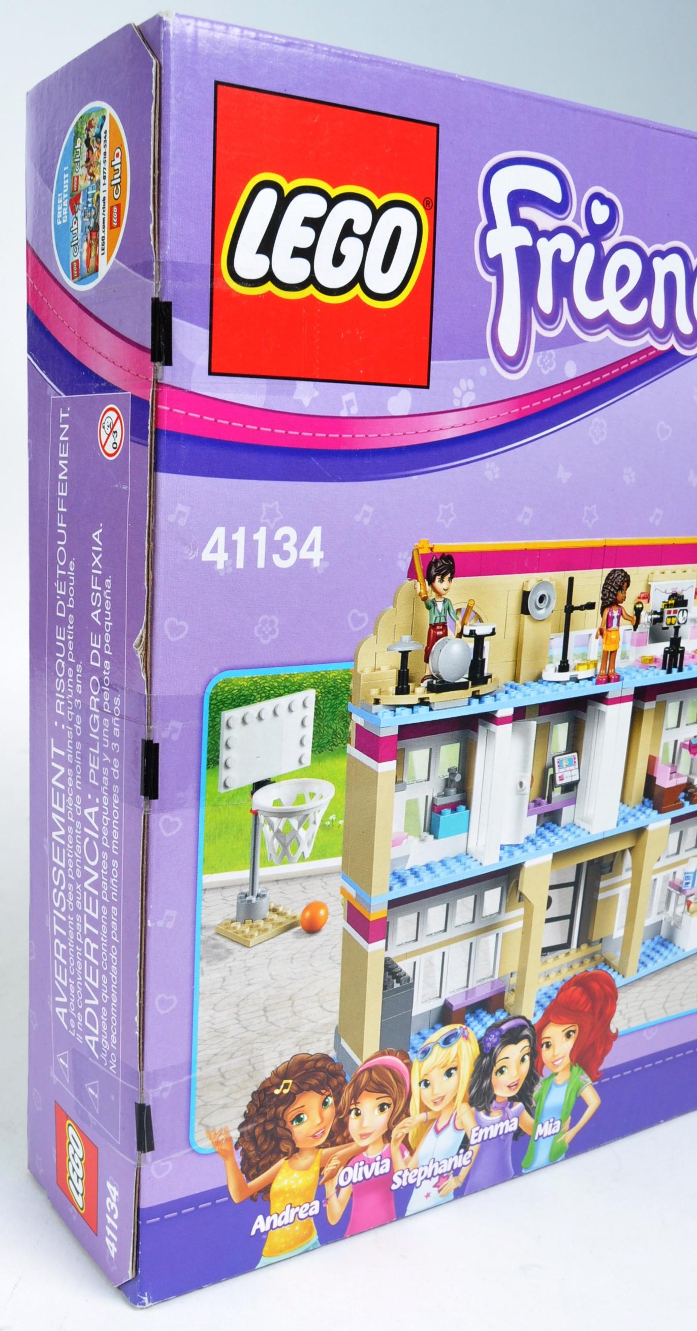 LEGO SET - LEGO FRIENDS - 41134 - HEARTLAKE PERFORMANCE SCHOOL - Image 4 of 4
