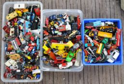 DIECAST - LARGE COLLECTION OF LOOSE DIECAST MODELS