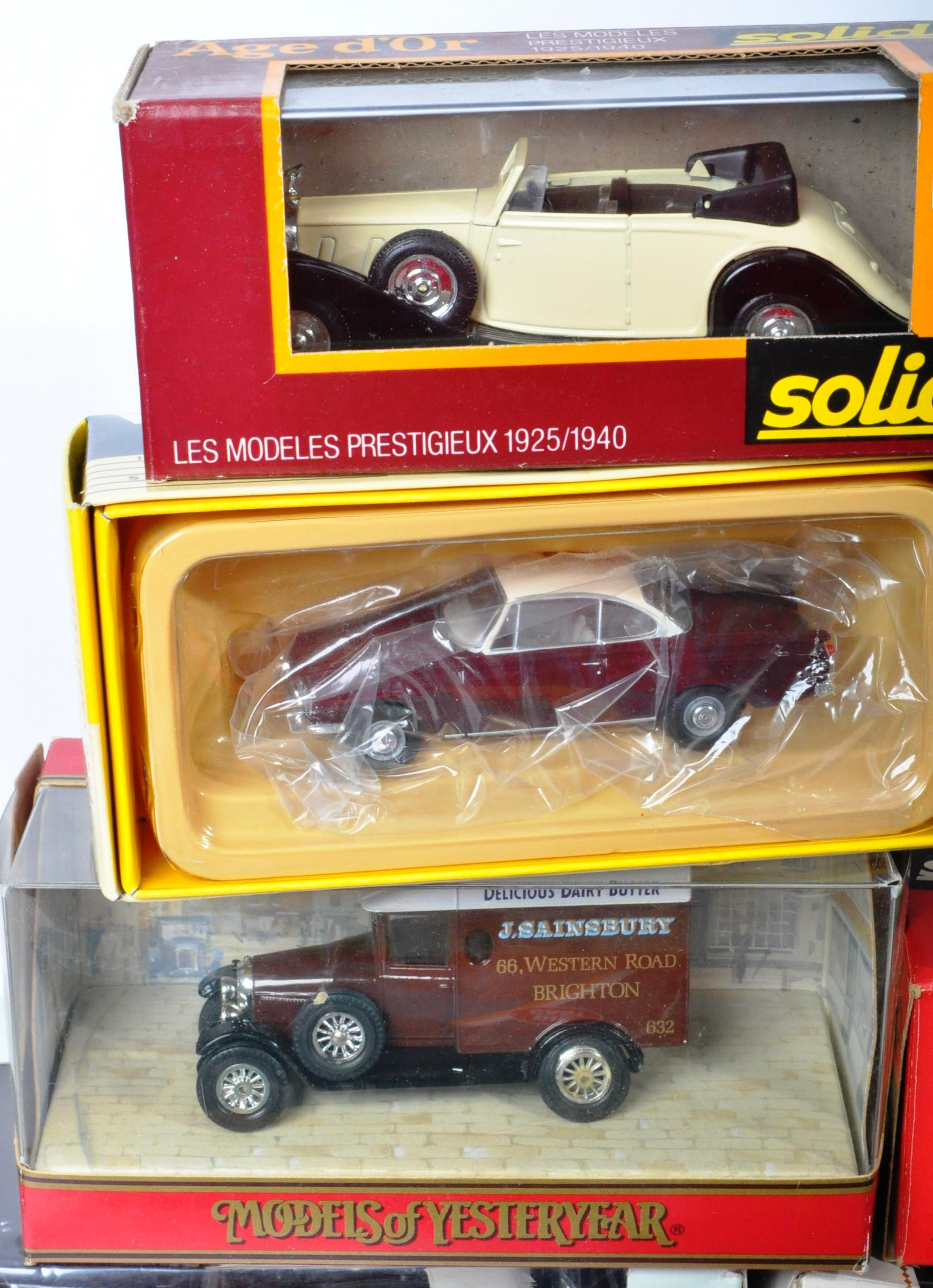 LARGE COLLECTION OF ASSORTED BOXED DIECAST MODEL CARS - Image 10 of 13
