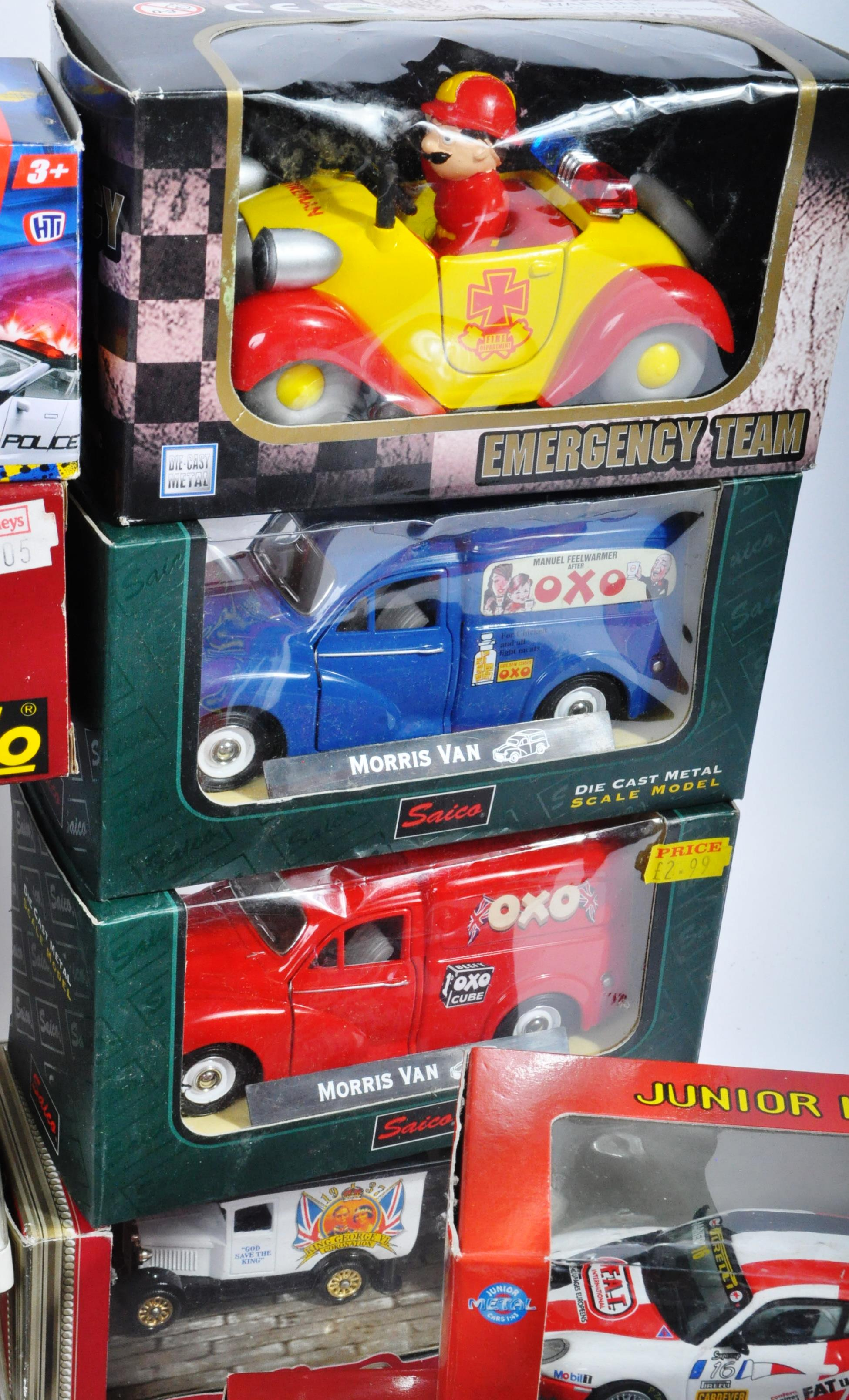 LARGE COLLECTION OF ASSORTED BOXED DIECAST MODEL CARS - Image 13 of 13