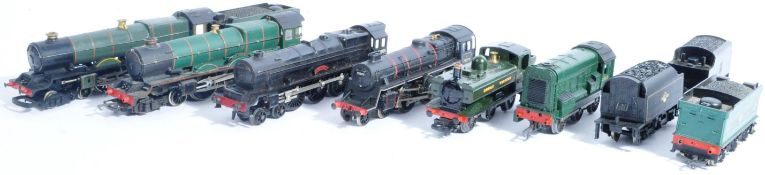 MODEL RAILWAYS - COLLECTION OF 00 GAUGE MODEL LOCOMOTIVES