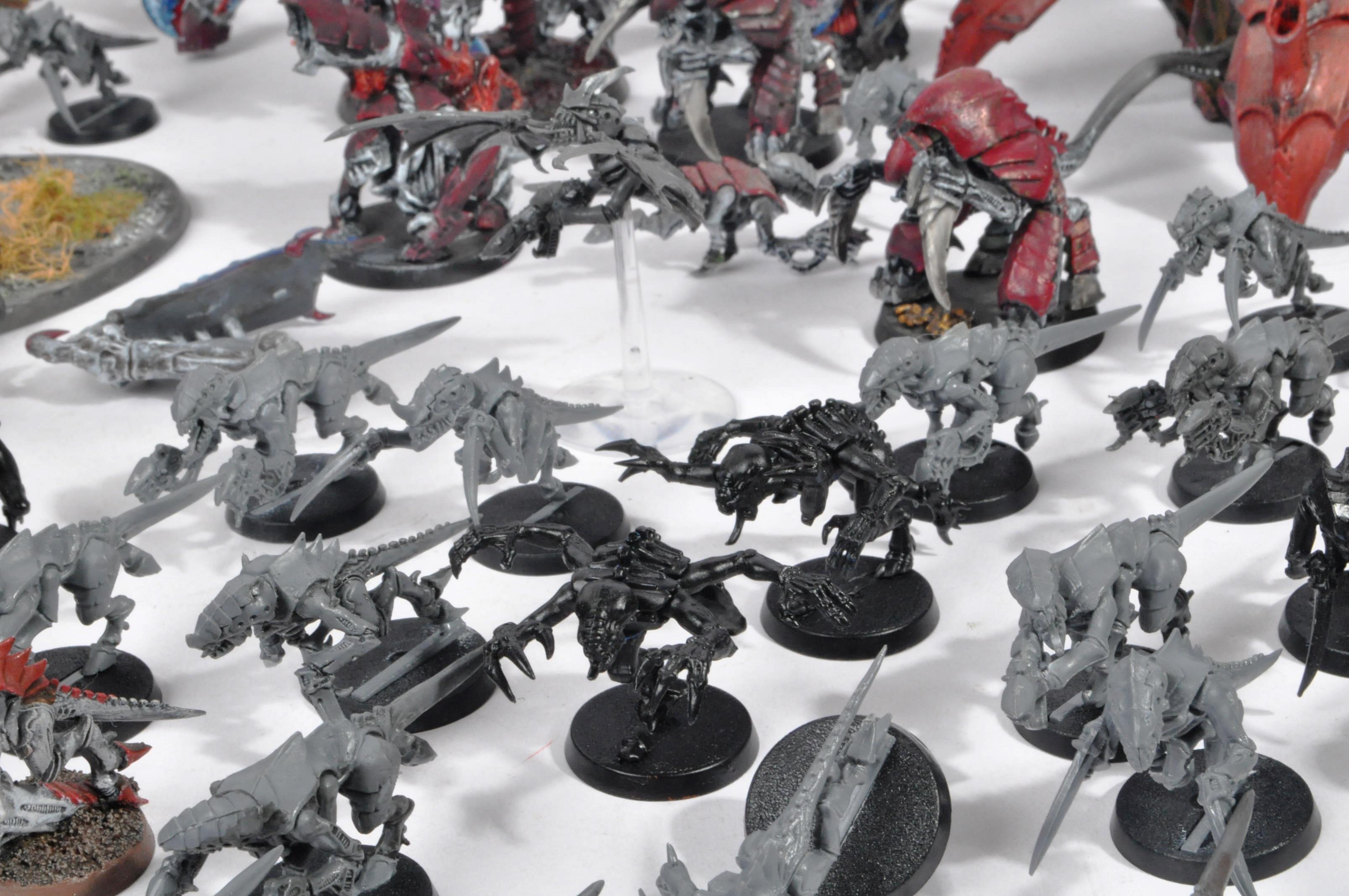 LARGE WARHAMMER 40K TYRANID ARMY - Image 9 of 12