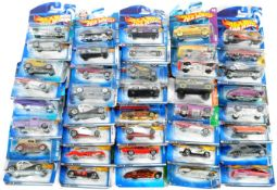 LARGE COLLECTION OF X40 CARDED HOTWHEELS DIECAST MODEL CARS