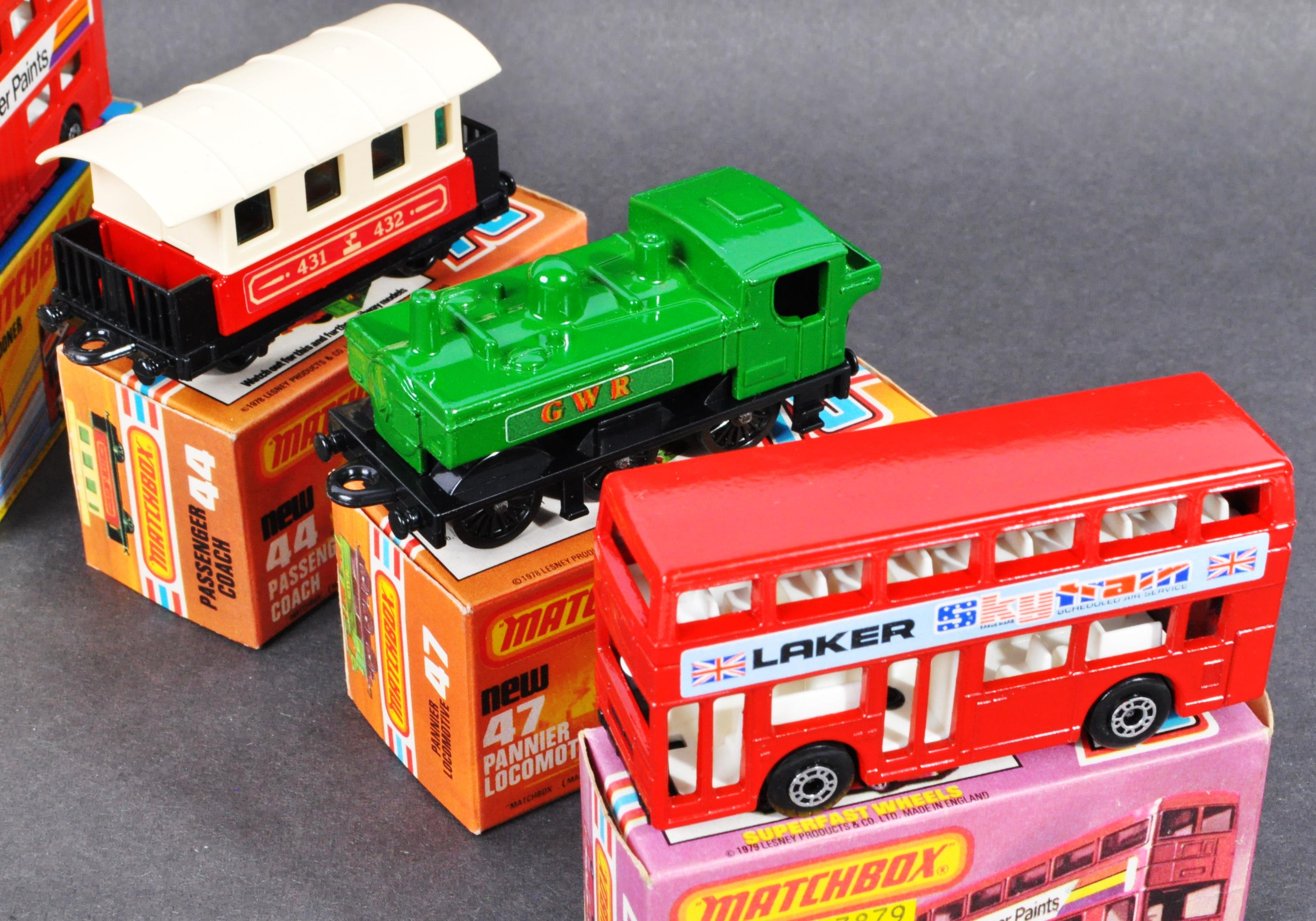 COLLECTION OF X10 ASSORTED MATCHBOX DIECAST MODELS - Image 5 of 6