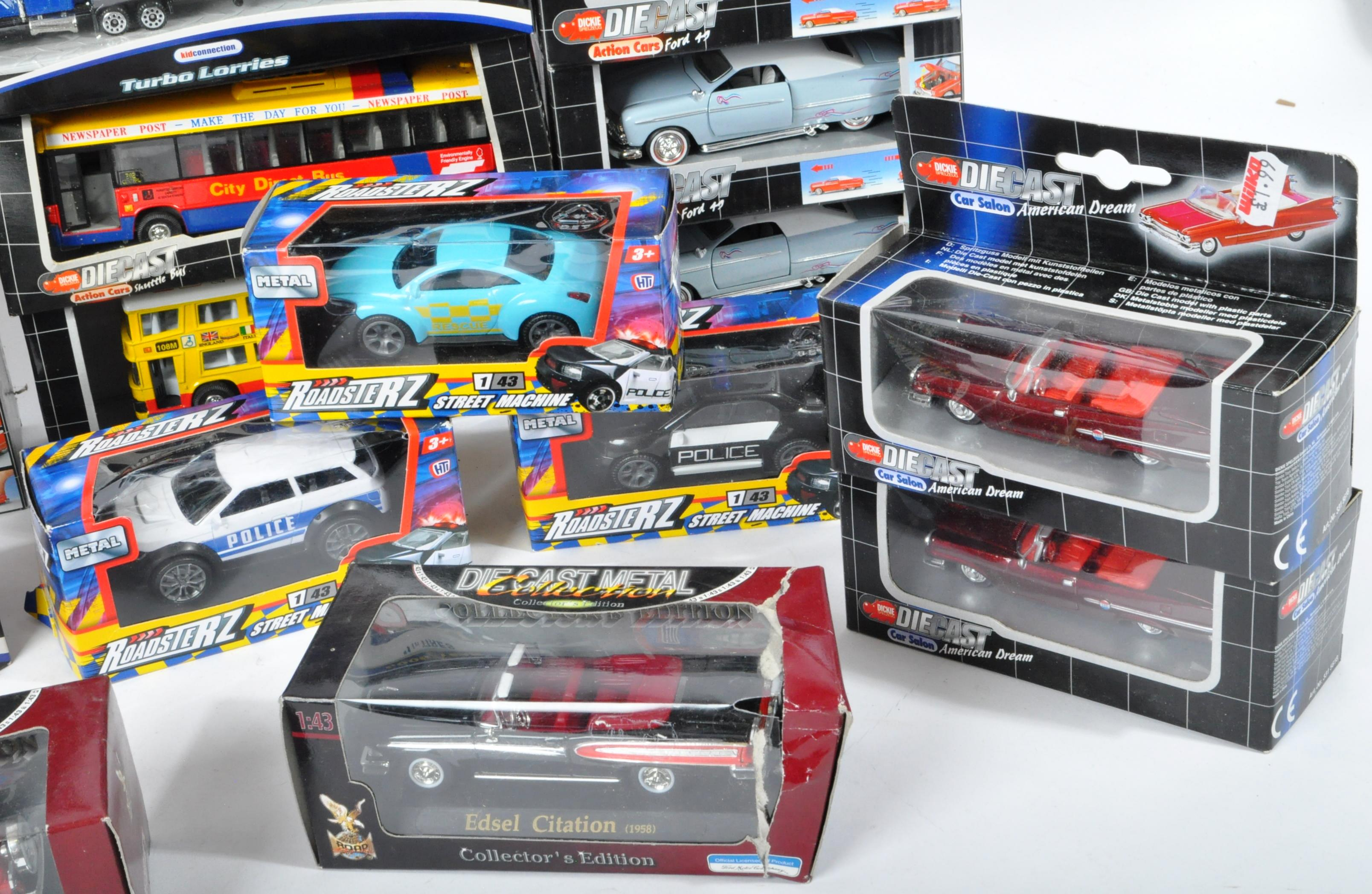 COLLECTION OF ASSORTED BOXED DIECAST MODEL CARS - Image 5 of 6