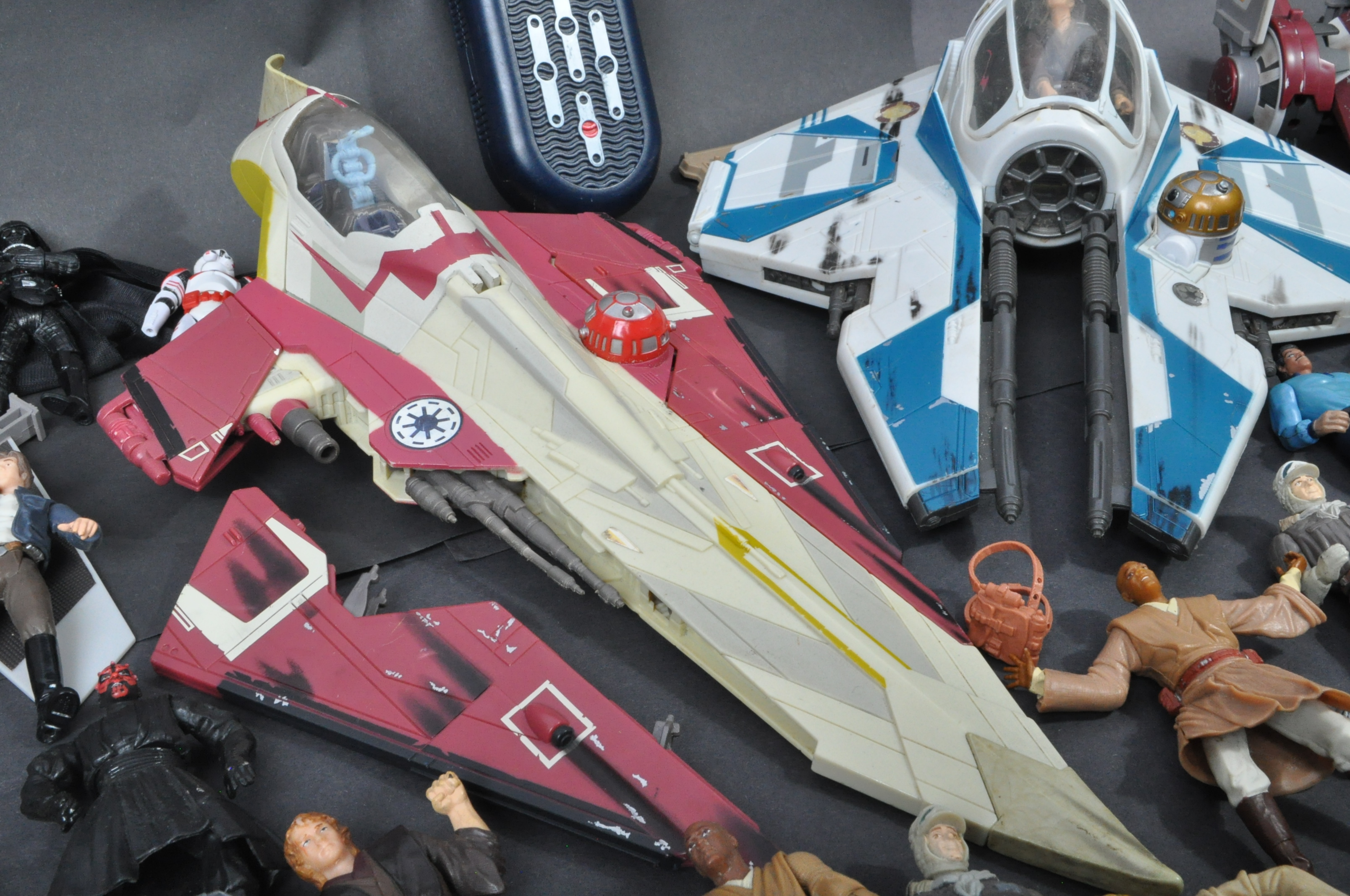 STAR WARS - LARGE COLLECTION KENNER / HASBRO CLONE WARS & OTHER FIGURES - Image 6 of 10