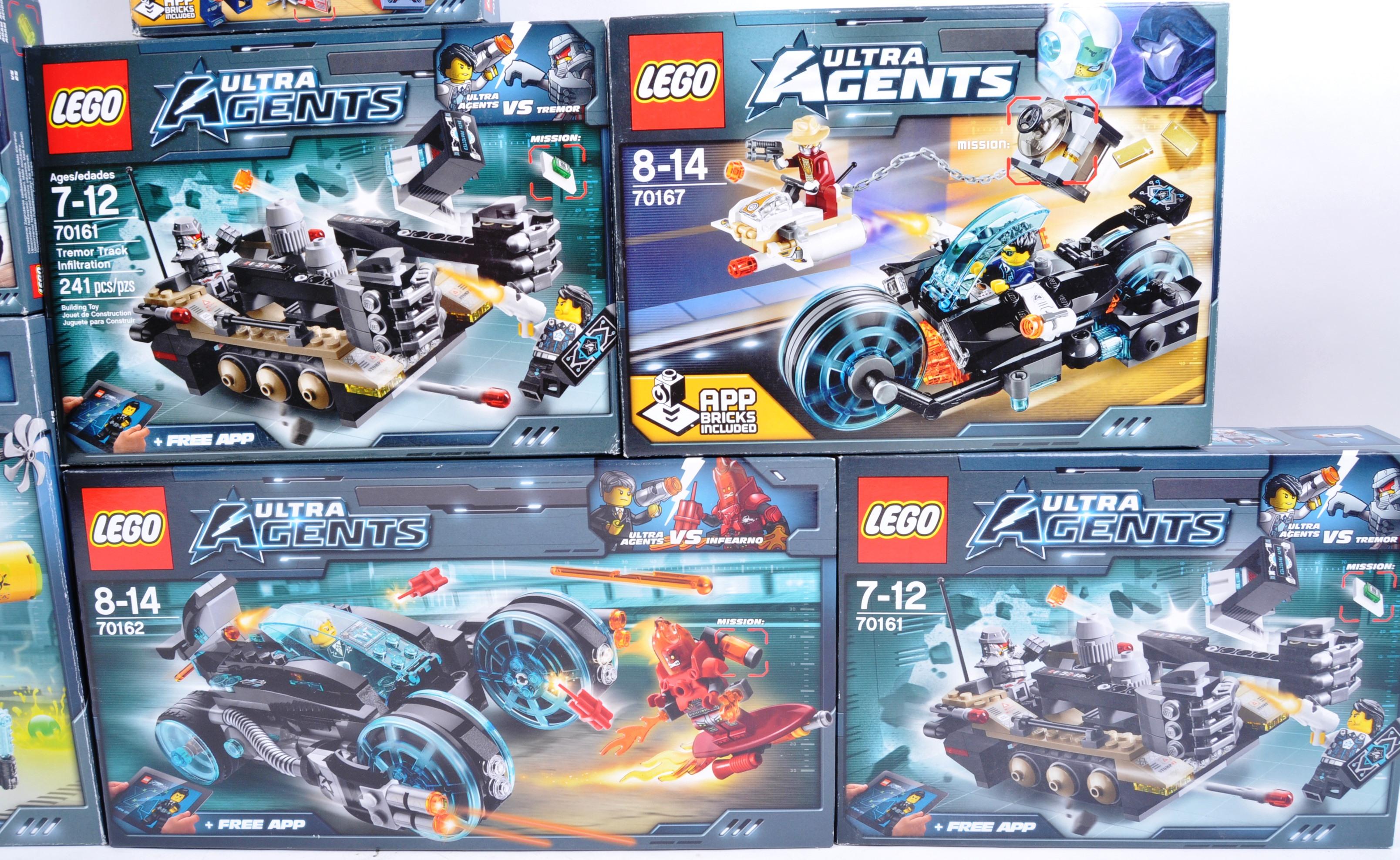 LEGO SETS - LEGO ULTRA AGENTS - Image 3 of 6