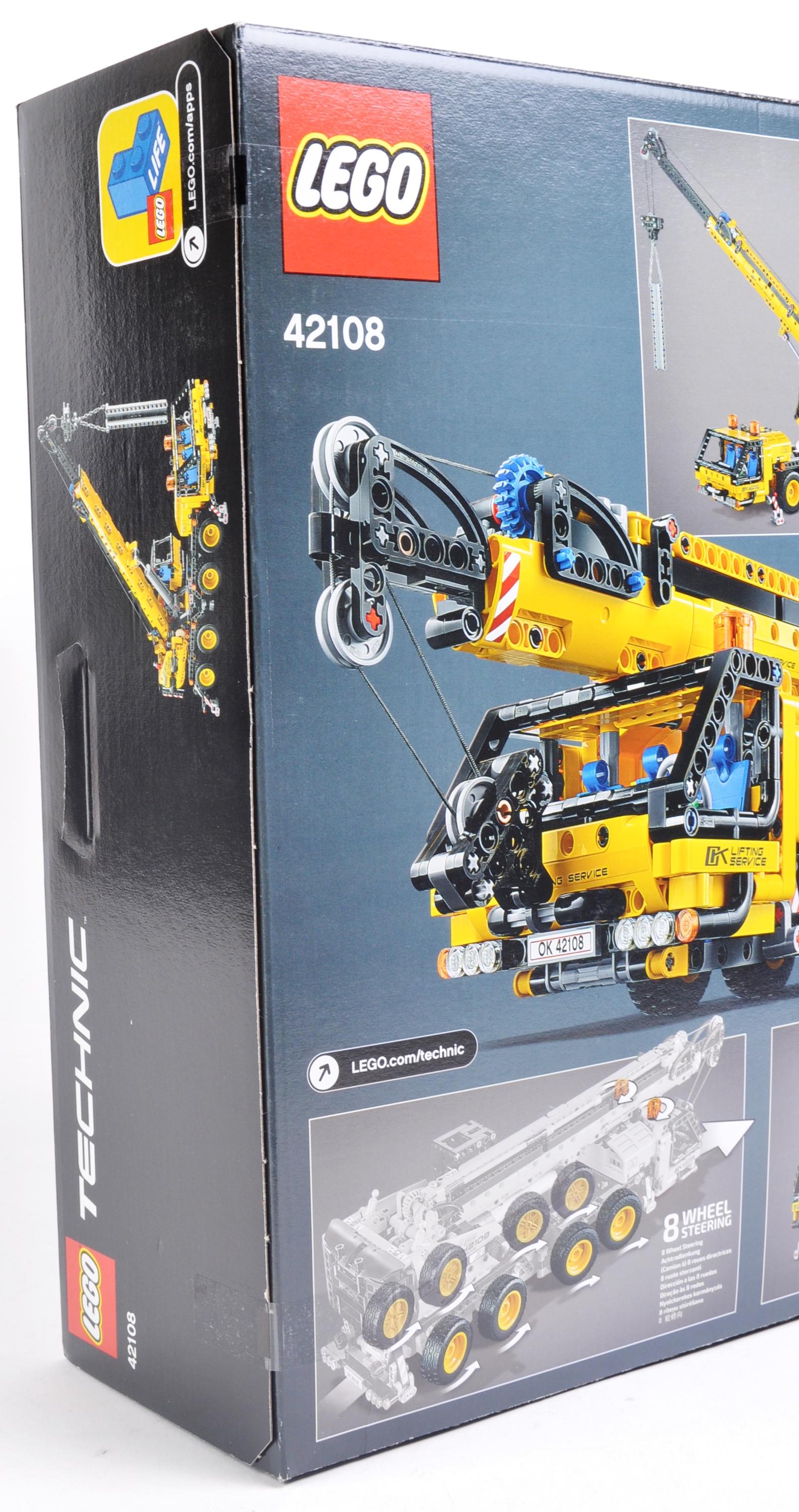 LEGO SET - LEGO TECHNIC - 42108 - MOBILE CRANE - Image 4 of 4