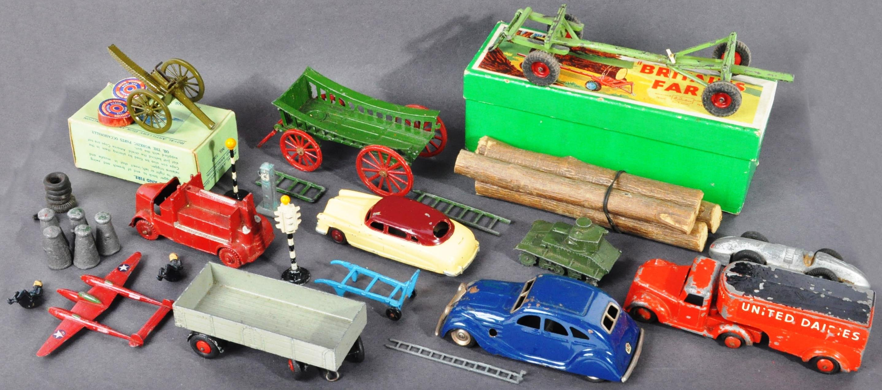 DIECAST - COLLECTION OF ASSORTED ANTIQUE / VINTAGE DIECAST