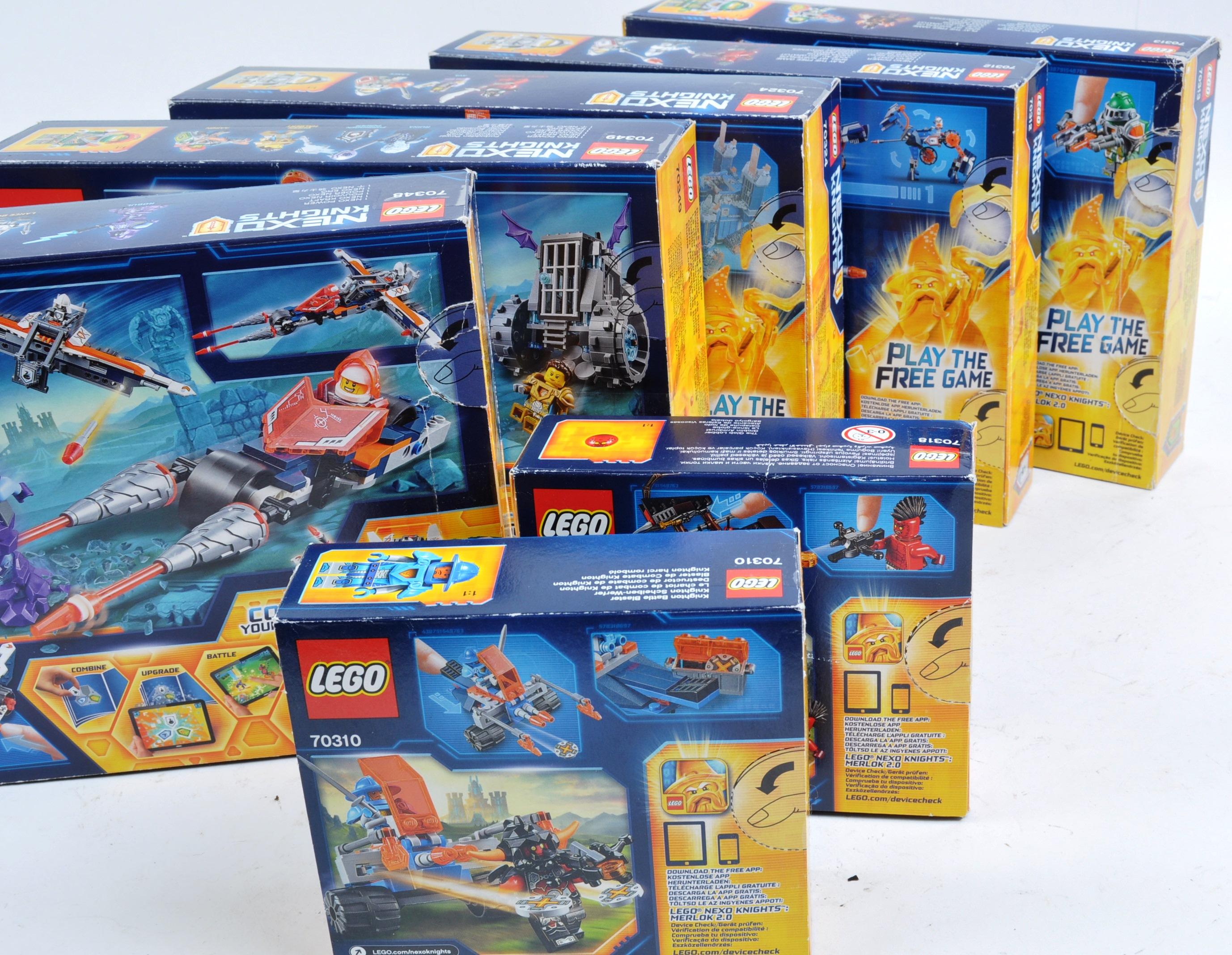 LEGO SETS - LEGO NEXO KNIGHTS - Image 6 of 6