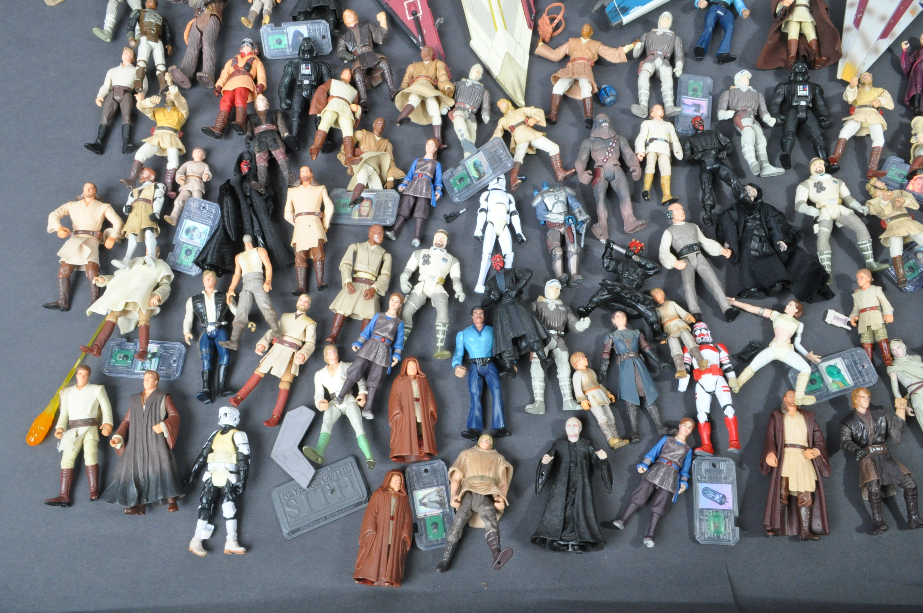 STAR WARS - LARGE COLLECTION KENNER / HASBRO CLONE WARS & OTHER FIGURES - Image 2 of 10