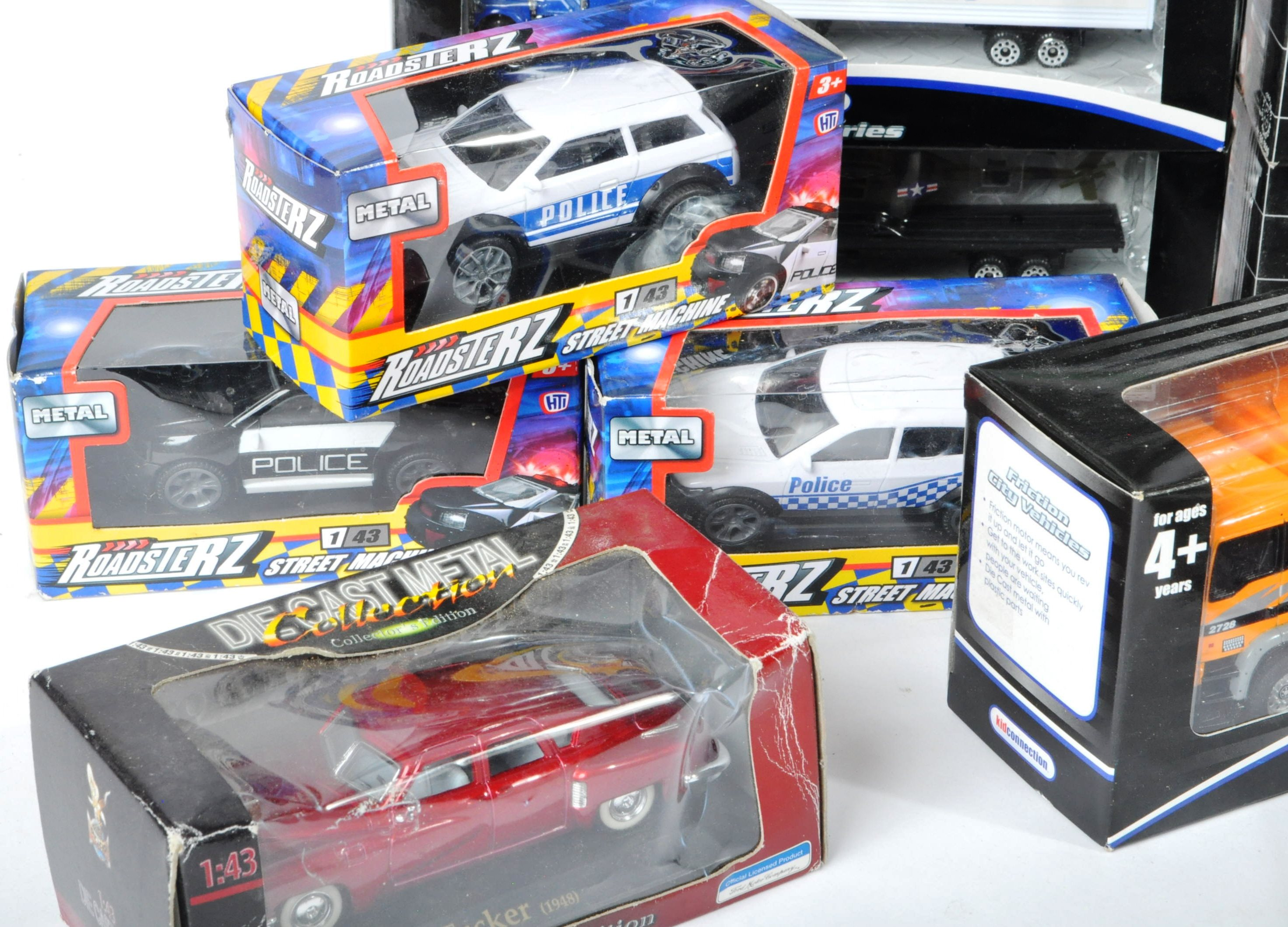 COLLECTION OF ASSORTED BOXED DIECAST MODEL CARS - Image 2 of 6