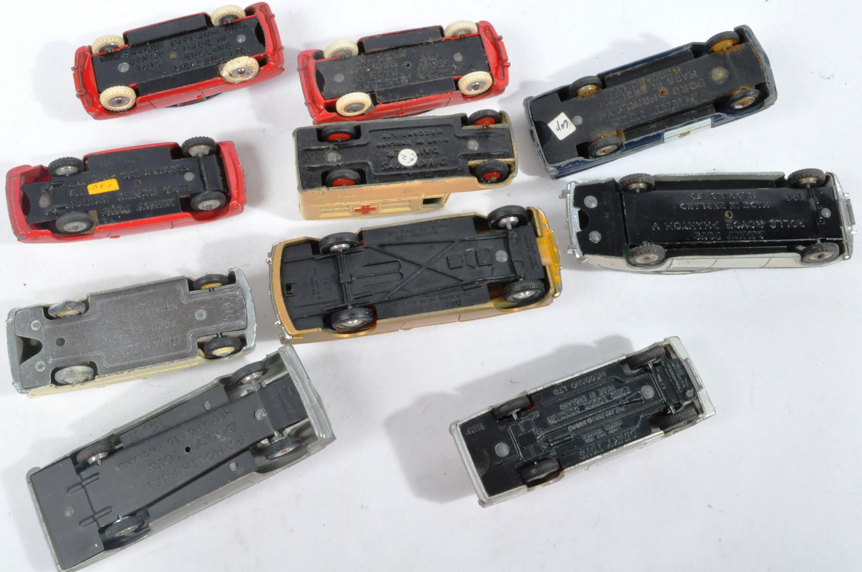 COLLECTION OF X10 VINTAGE DINKY TOYS DIECAST MODEL VEHICLES - Image 7 of 7