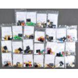 LEGO MINIFIGURES - 8805 - SERIES 5 COLLECTABLE MINIFIGURES