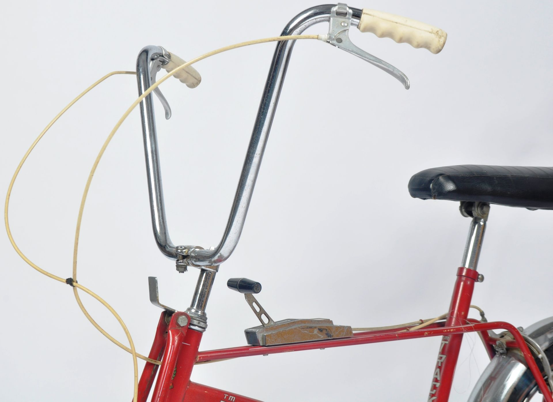 DIANA PRINCESS OF WALES - HER CHILDHOOD TRACKER BICYCLE - Image 8 of 11