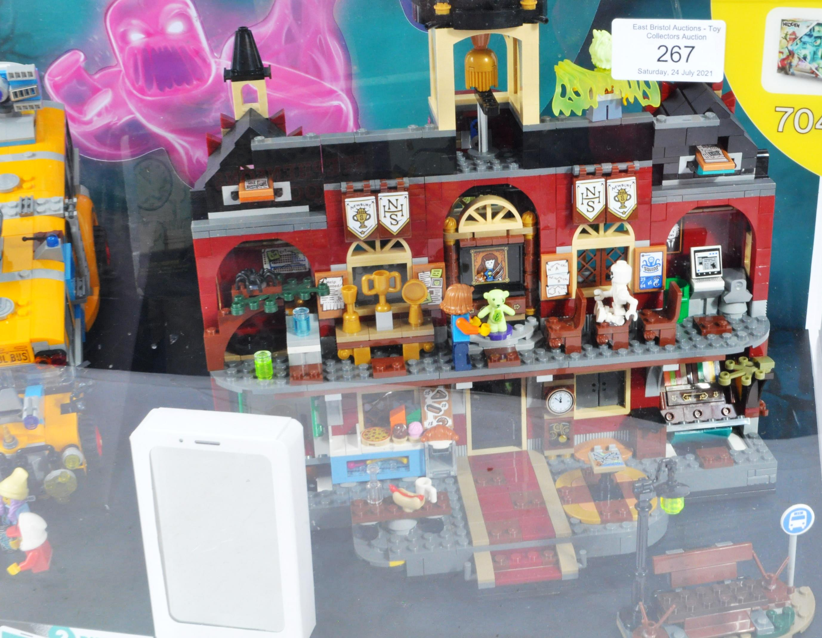 LEGO - HIDDEN SIDE - ORIGINAL IN STORE SHOP DISPLAY CABINET - Image 8 of 8