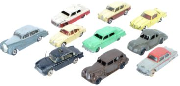 COLLECTION OF X10 VINTAGE DINKY TOYS DIECAST MODEL CARS