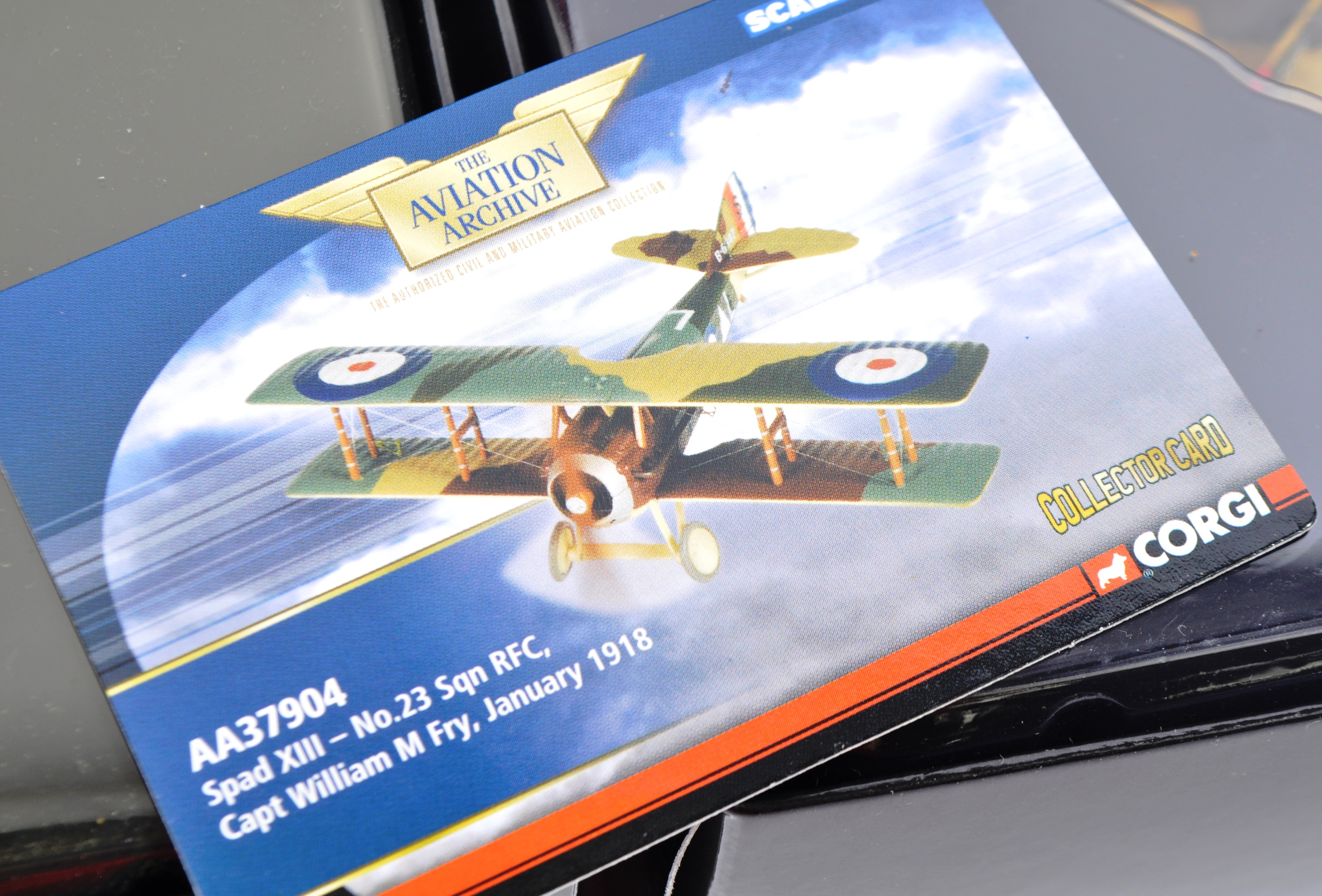 CORGI AVIATION ARCHIVE - TWO BOXED DIECAST MODELS - Image 4 of 6