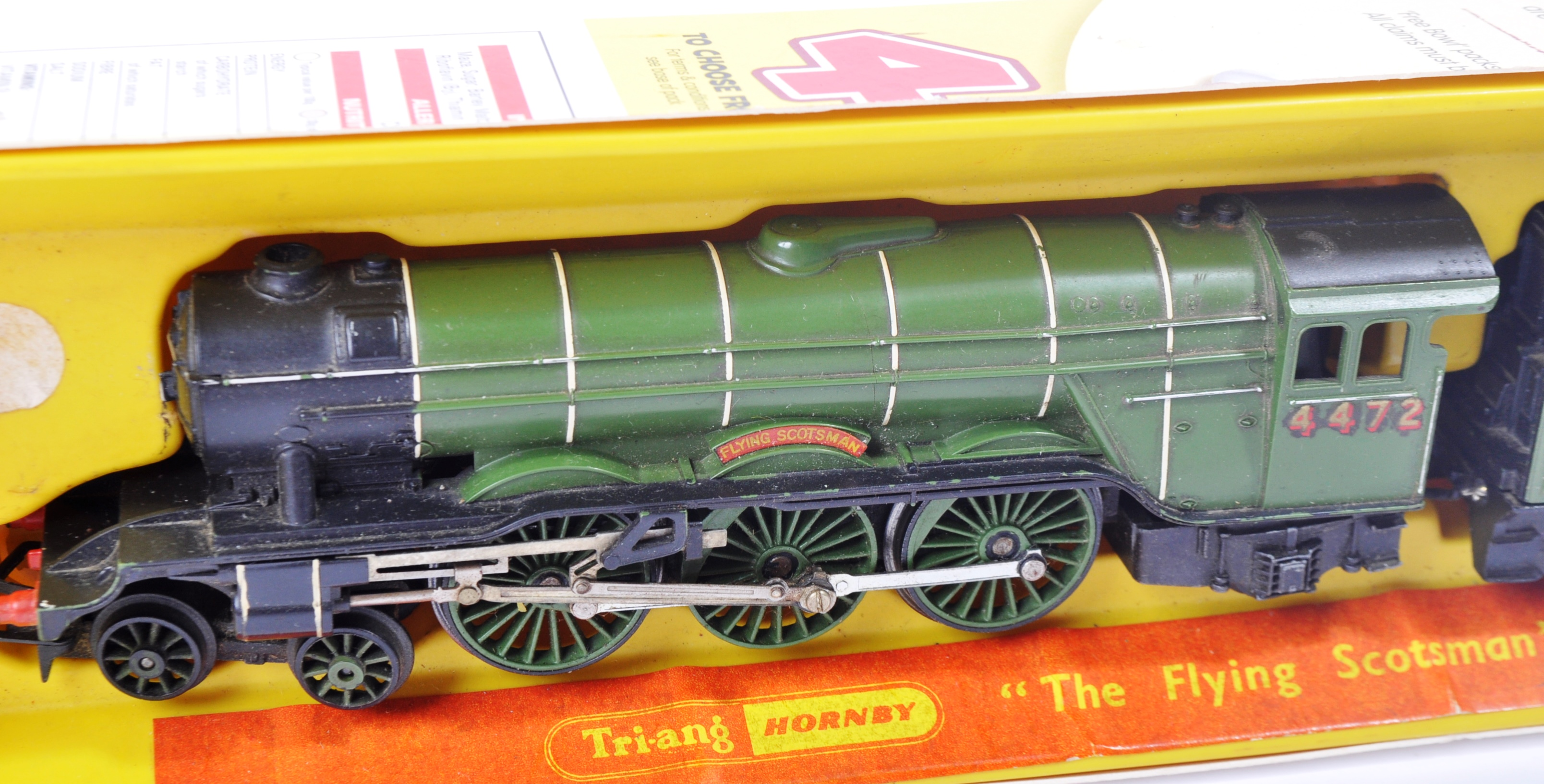 TWO VINTAGE HORNBY & TRIANG MODEL RAILWAY TRAINSET LOCOMOTIVES - Image 2 of 6