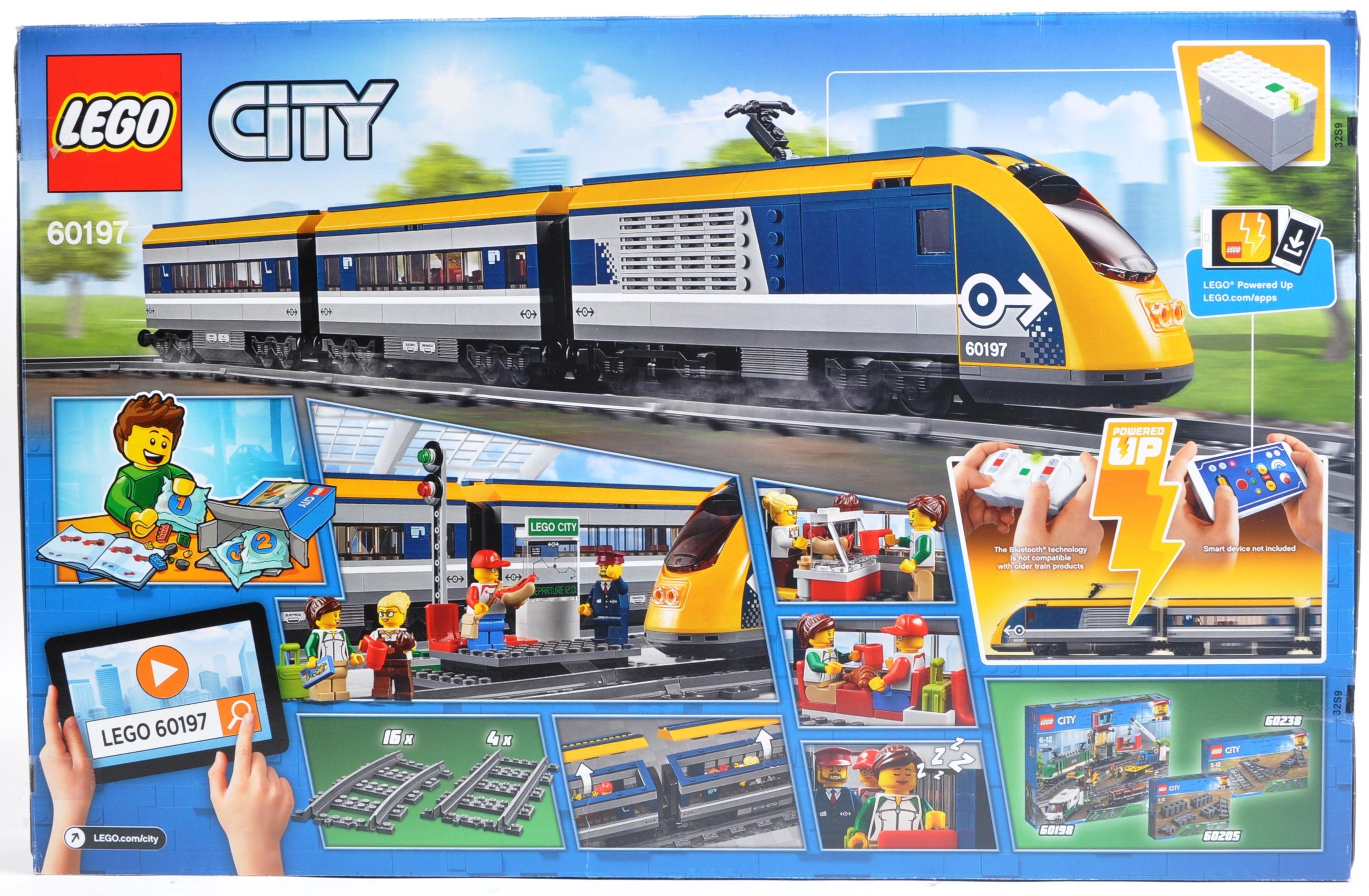 LEGO SET - LEGO CITY - 60197 - PASSENGER TRAIN - Image 2 of 4