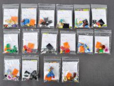 LEGO MINIFIGURES - 71021 / 71025 - SERIES 18 / 19 COLLECTABLE MINIFIGURES