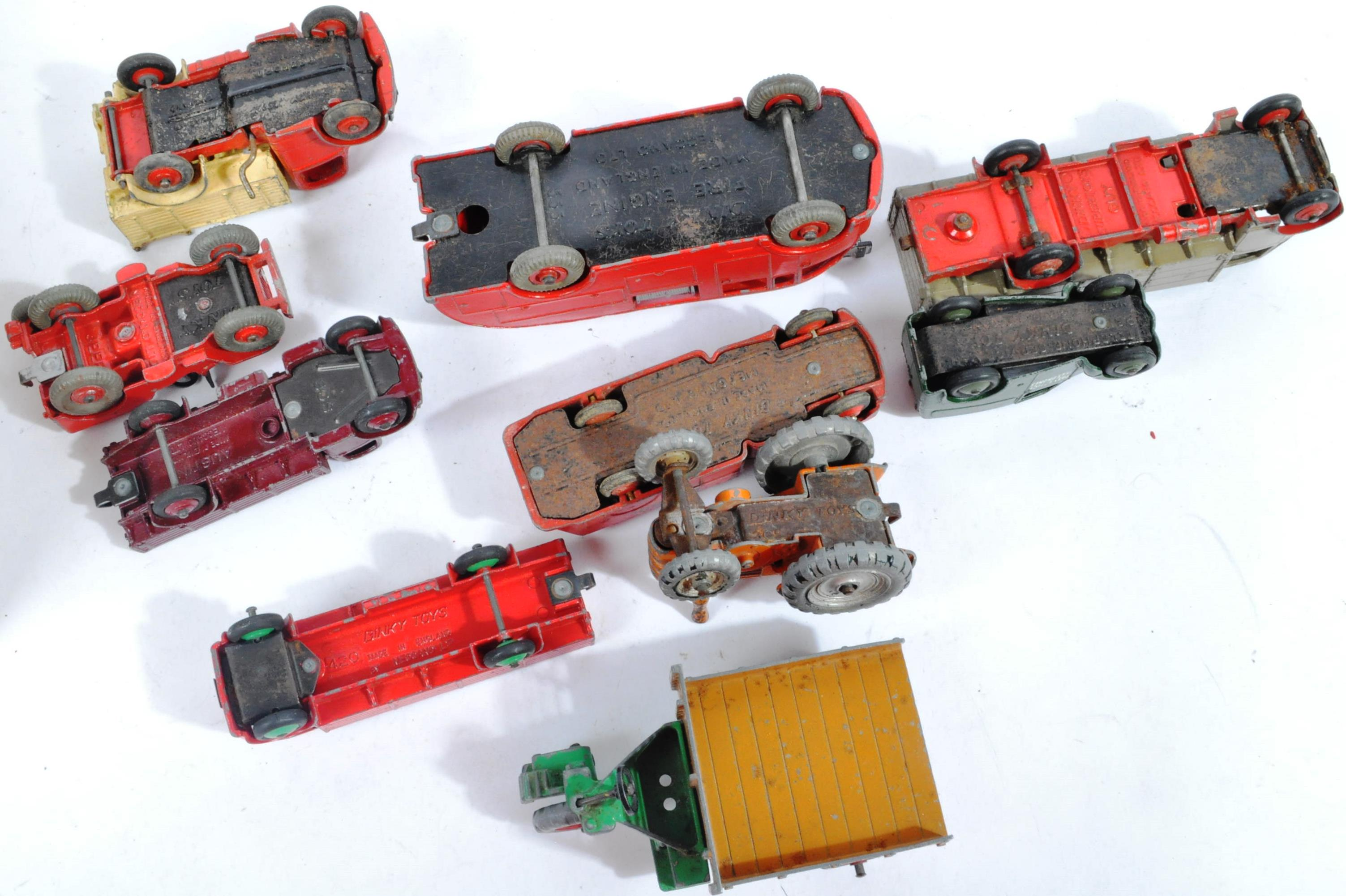 COLLECTION OF X10 VINTAGE DINKY TOYS DIECAST MODEL TRUCKS - Image 7 of 14