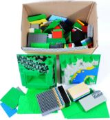 LARGE COLLECTION OF ASSORTED LEGO BRICKS AND BASE PLATES
