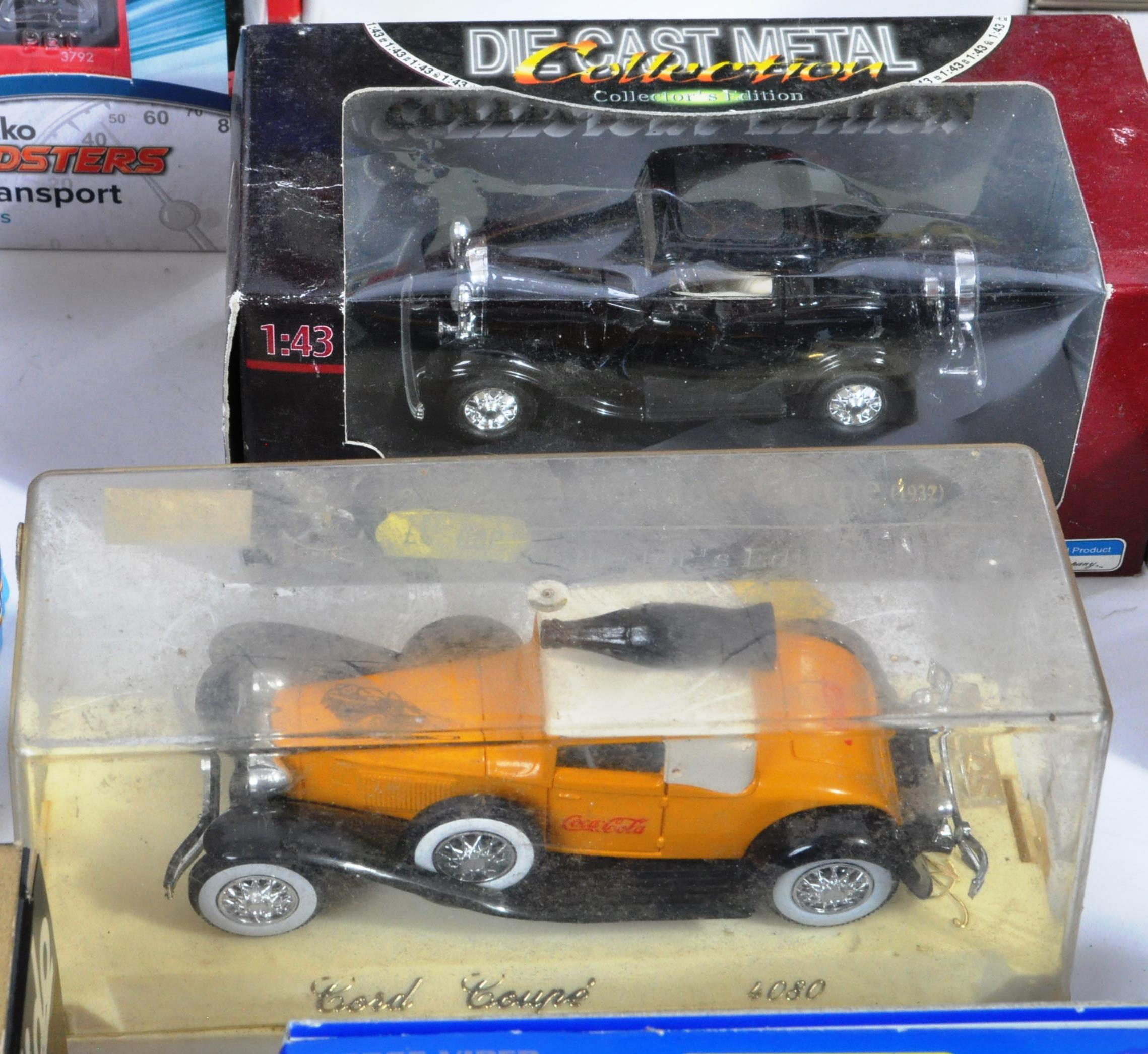 LARGE COLLECTION OF ASSORTED BOXED DIECAST MODEL CARS - Image 7 of 13