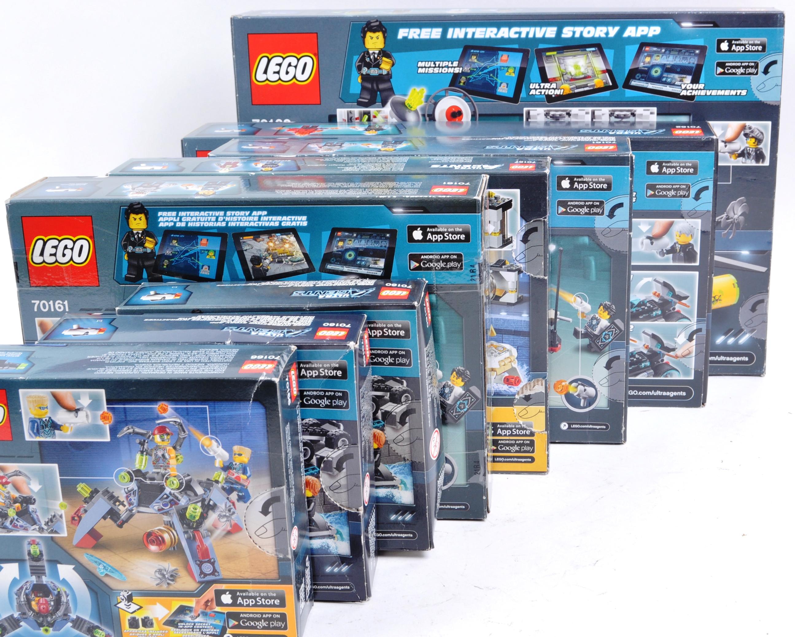 LEGO SETS - LEGO ULTRA AGENTS - Image 6 of 6