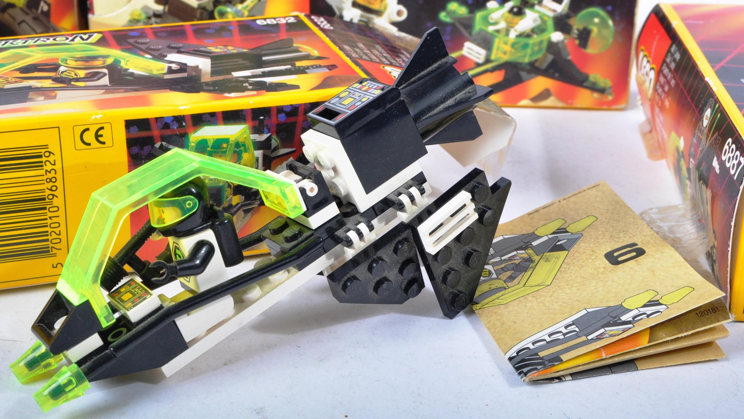 LEGO SETS - BLACKTRON - 6832 / 6833 / 6851 / 6878 / 6887 - Image 3 of 10